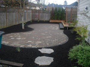Paver Patio with Harvest Blend Paleo paver and a Charcoal Paleo boarder