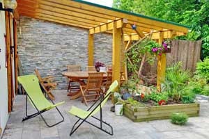 Boulder Falls Landscaping provides exceptional pergola construction in Vancouver WA and Portland OR.