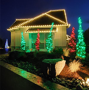Boulder Falls Landscape are your local Christmas lights installer in the Vancouver WA area.