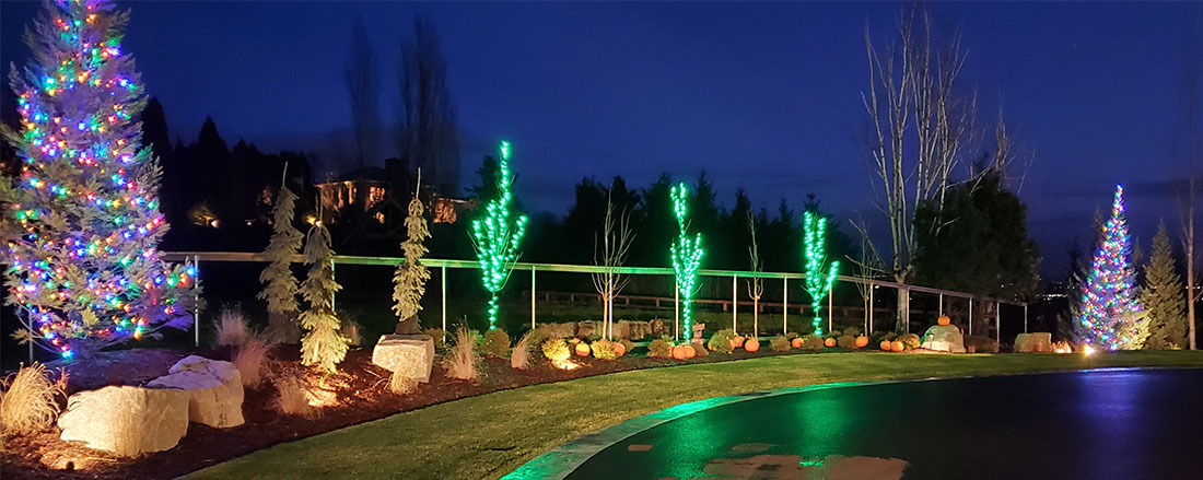 Beautiful Christmas lights decorated along home and landscape. Boulder Falls Landscape are your local Christmas lights installer in the Vancouver WA area.